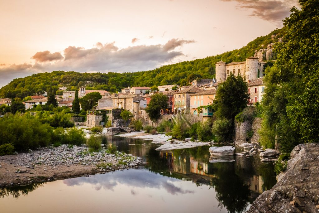 Comment réussir un séjour sur mesure en Ardèche ?